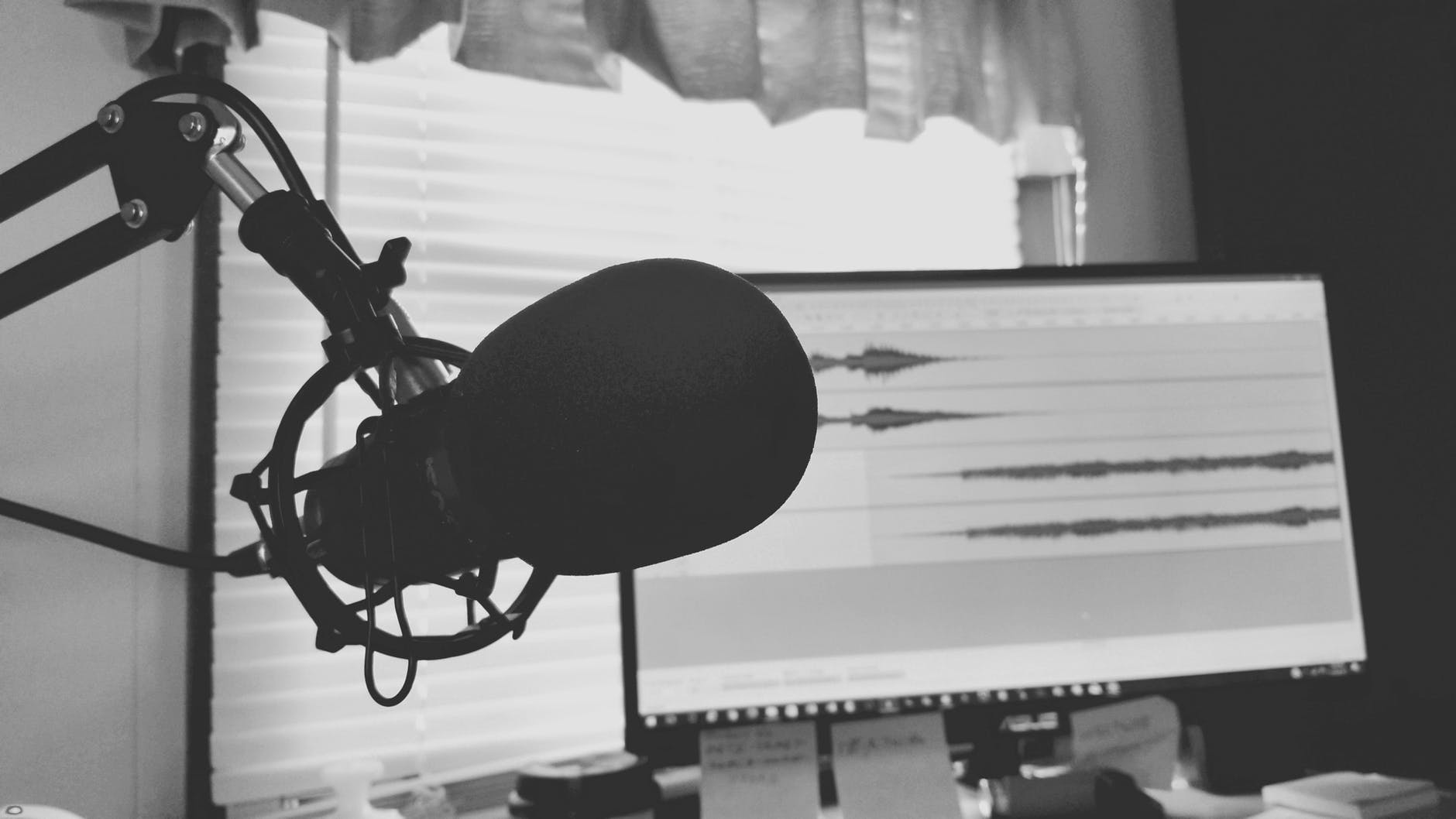 What Every Podcaster Should Know About Interviews