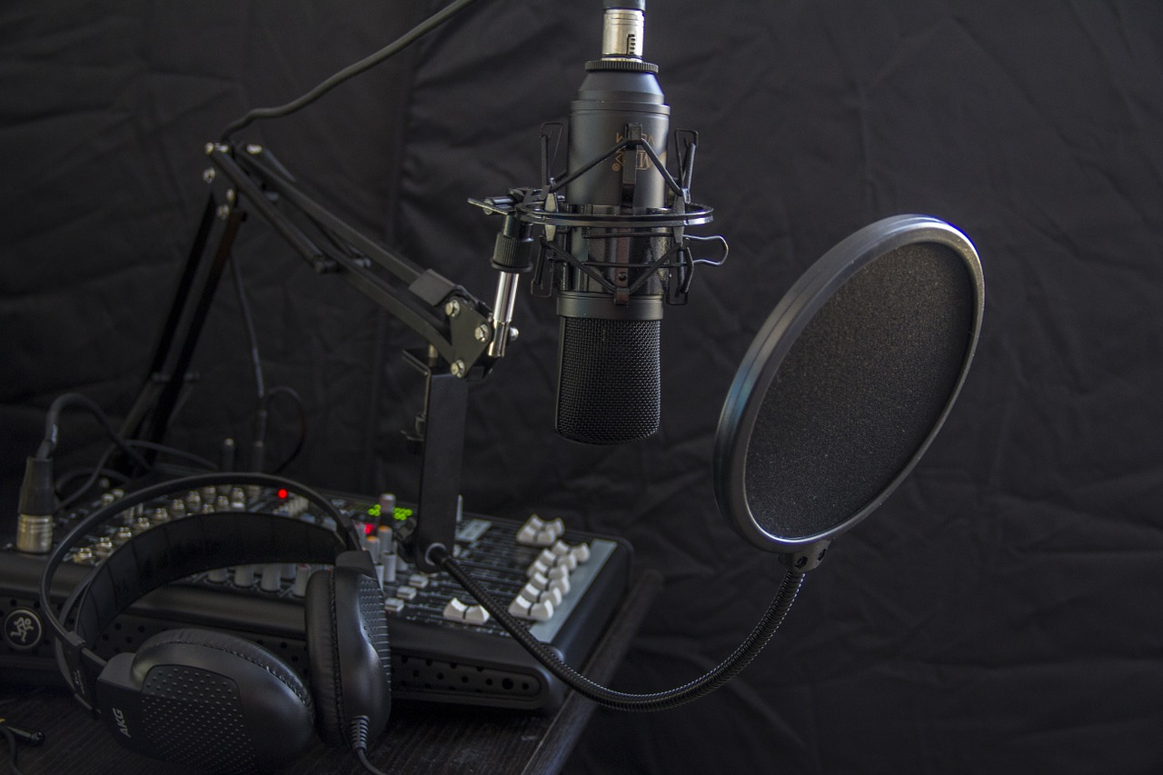 A Guide To Conducting a Great Podcast Interview